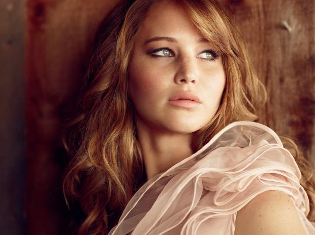 Jennifer Lawrence by Simon Emmett for Glamour UK [Photos] 001