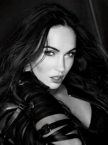Megan Fox Covers February 2013 issue of Esquire [Photos] 004