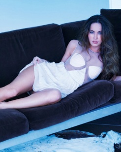 Megan Fox Covers February 2013 issue of Esquire [Photos] 005