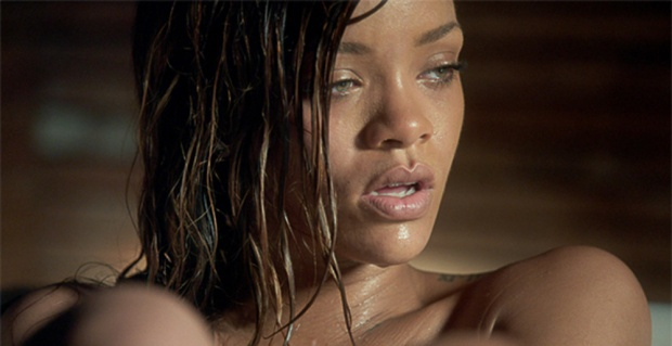 Rihanna---Stay-Feat.-Mikky-Ekko-[Music-Video]
