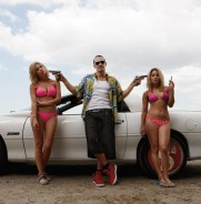 Spring Breakers Trailer [Movies] 002