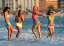 Spring Breakers Trailer [Movies] 006
