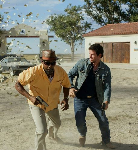 2 Guns Trailer- Denzel Washington and Mark Wahlberg Team Up [Movies] 01