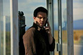 2 Guns Trailer- Denzel Washington and Mark Wahlberg Team Up [Movies] 05