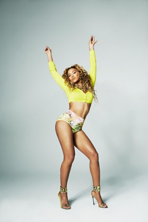 Beyonce Knowles by Cliff Watts for Shape USA April 2013 [Photos] 02