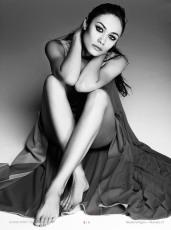 Olga Kurylenko For iMad By Madame Figaro 2013 [Photos] 01