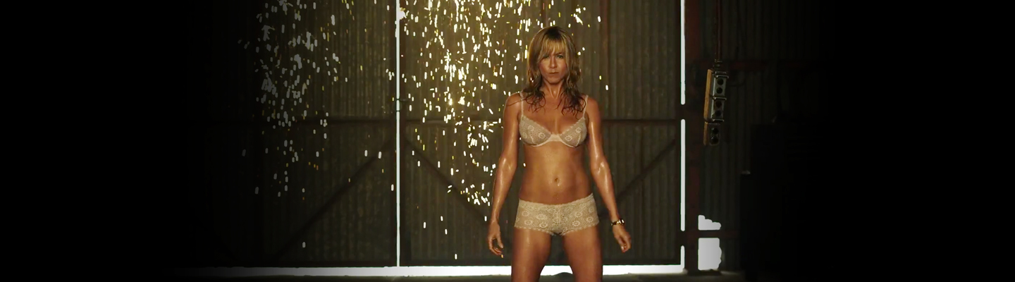 NSFW: Jennifer Aniston is sizzling in the trailer for We're the Millers[Movies]