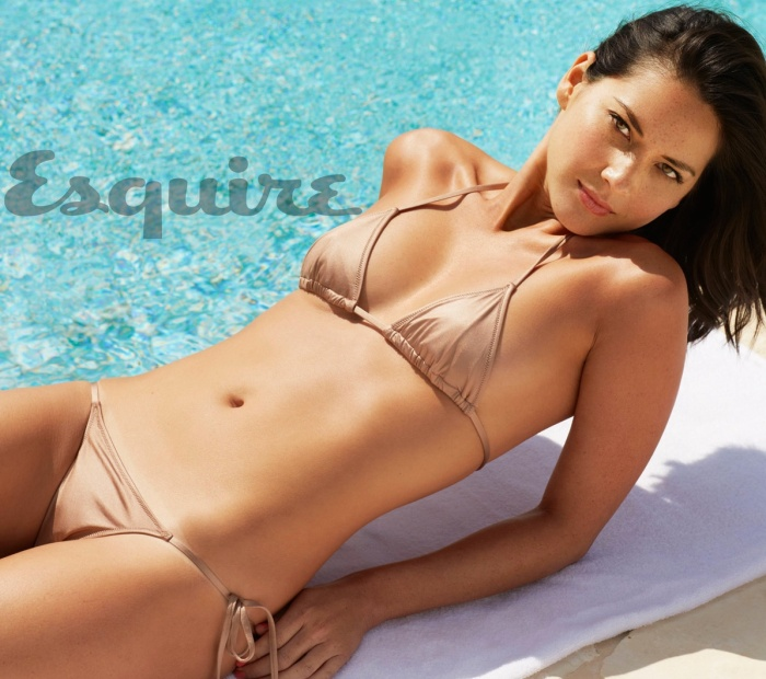Olivia Munn Scorching in latest issue of Esquire Magazine [Photos] 02