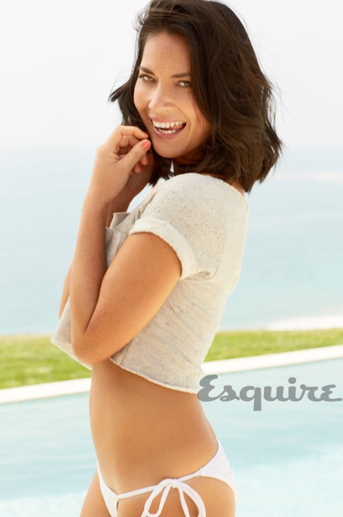 Olivia Munn Scorching in latest issue of Esquire Magazine [Photos] 07