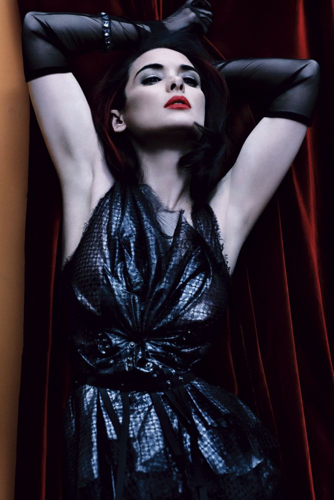 Winona Ryder's Dark side for Interview Magazine May 2013 [Photos] 03