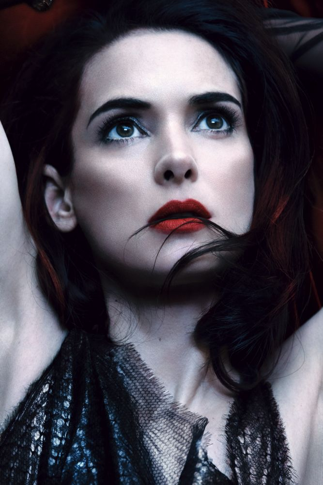 Winona Ryder's Dark side for Interview Magazine May 2013 [Photos] 09