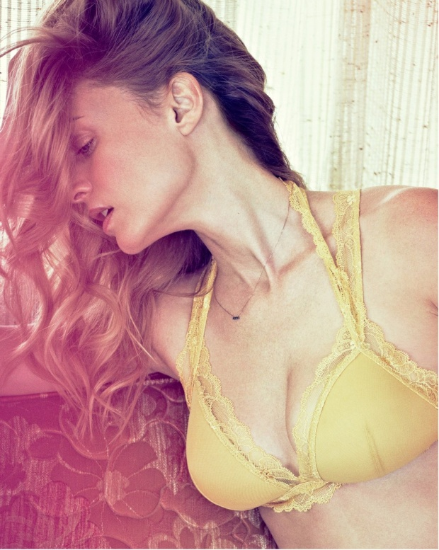 Heather Graham's Hot Maxim Cover Shoot 2013 [Photos] 05