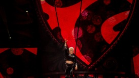 Pink at Perth Arena 2013-3