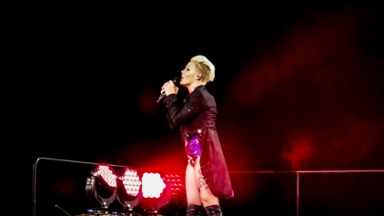 Pink at Perth Arena 2013-32