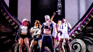 Pink at Perth Arena 2013-9