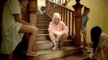Watch-_-Die-Antwoord-'Cookie-Thumper'-Music-Video-[Music]-03