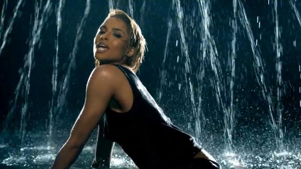Ciara - I'm Out ft. Nicki Minaj [Music] 04