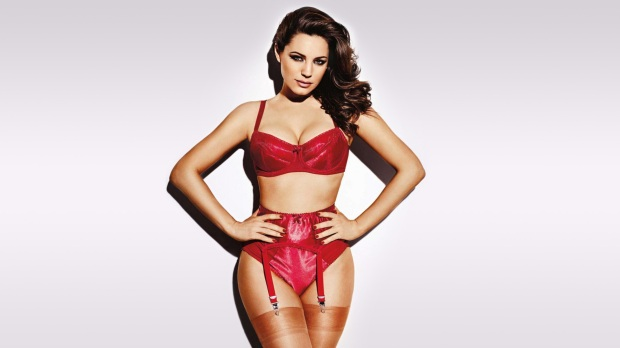 Kelly-Brook-for-Nuts-Magazine-July-2013-feat