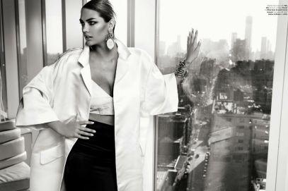 Stunning Kate Upton for Vogue Brasil July 2013 - 01