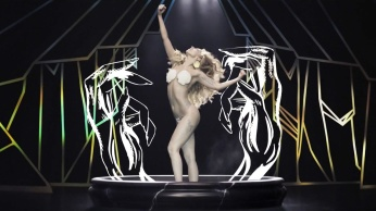 Lady Gaga - Applause | Music Video-14