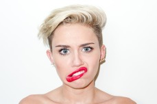 Miley Cyrus gets provocative for Terry Richardson 07
