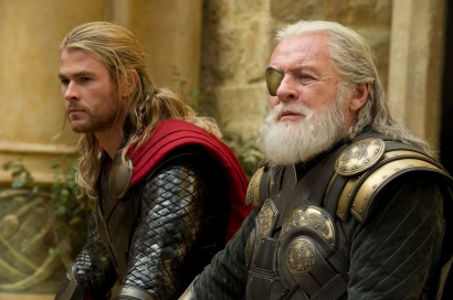 Watch the New Thor- The Dark World Trailer-01