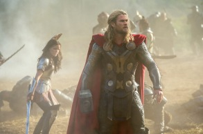 Watch the New Thor- The Dark World Trailer-05