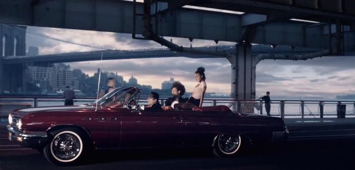 Avicii - You Make Me 09