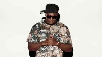 Dizzee Rascal - Something Really Bad featuring Will.i.am 01