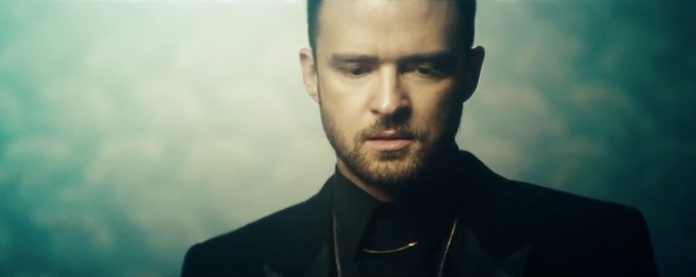 Jay-Z featuring Justin Timberlake – Holy Grail-04