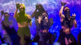 Lady Gaga's Spectacular iTunes Festival 2013 Show-03