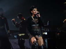 Rihanna Diamonds World Tour 2013 Perth Arena-19