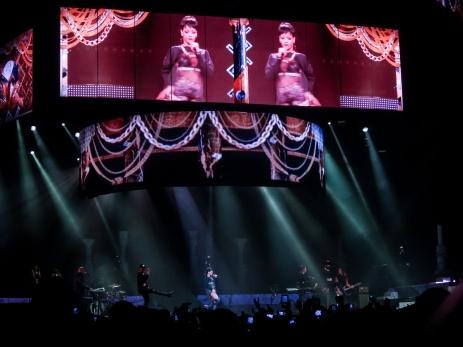 Rihanna Diamonds World Tour 2013 Perth Arena-26