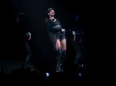 Rihanna Diamonds World Tour 2013 Perth Arena-30