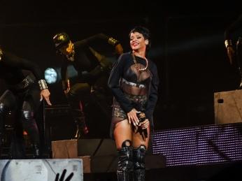 Rihanna Diamonds World Tour 2013 Perth Arena-5