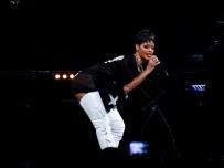 Rihanna Diamonds World Tour 2013 Perth Arena-54