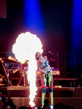 Rihanna Diamonds World Tour 2013 Perth Arena-71