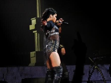 Rihanna Diamonds World Tour 2013 Perth Arena-8
