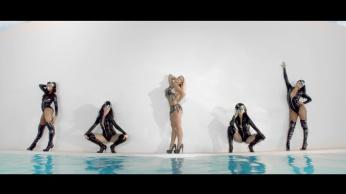 Britney Spears - Work Bitch [Music Video] 03