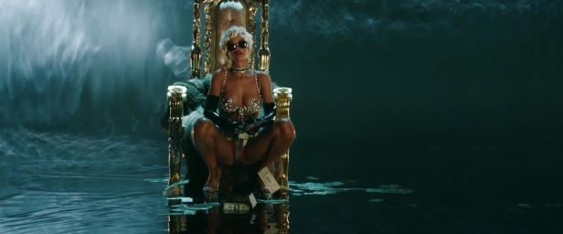 Rihanna - Pour It Up (Explicit) [Music Video] 21