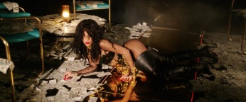 Rihanna - Pour It Up (Explicit) [Music Video] 22