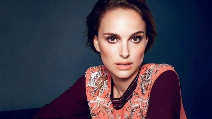 Natalie-Portman-for-Elle-UK-November-2013-by-Kai-Z.-Feng-feat