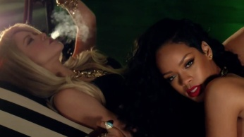 Shakira - Can't Remember to Forget You ft. Rihanna 07