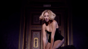 Beyoncé gets sexy in 'Partition' music video (Explicit) 06