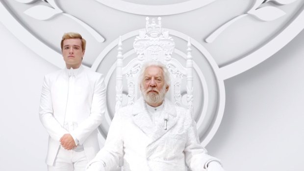 New-Hunger-Games--Mockingjay-Teaser-feat