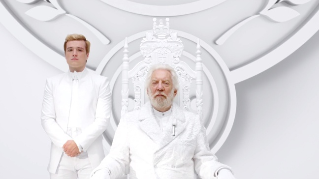 New-Hunger-Games--Mockingjay-Teaser-feat