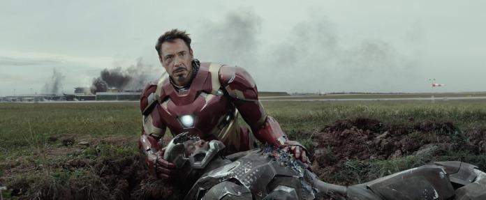Captain-America-Civil-War-Iron-war-machine
