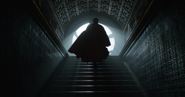 Doctor-Strange-Photo-Sanctum-Sanctorum-Steps-cape