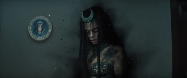 suicide-squad-blitz-trailer-still-Enchantress