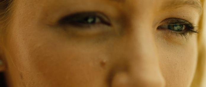 The Shallows Trailer Blake Lively Eyes